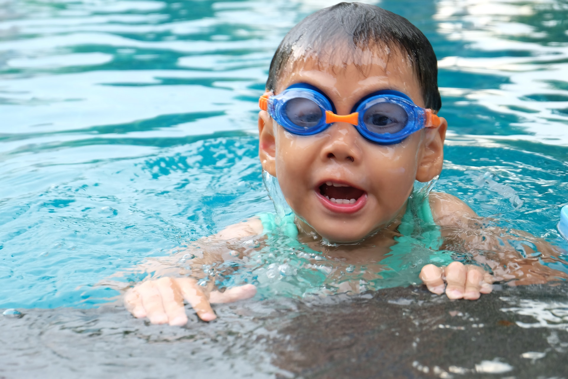 How To Choose A Swim School